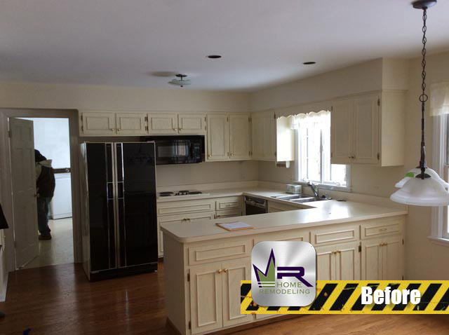 Kitchen Remodel - 1295 Inverlieth Rd, Lake Forest, IL 60045 by Regency Home Remodeling