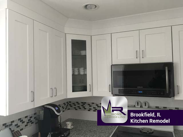 Kitchen remodel in Brookfield, IL by Regency Home Remodeling