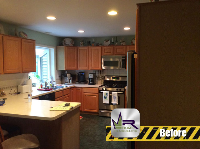 Kitchen Remodel - 233090 N Apple Hill Ln, Prairie View, IL 60069 by Regency Home Remodeling